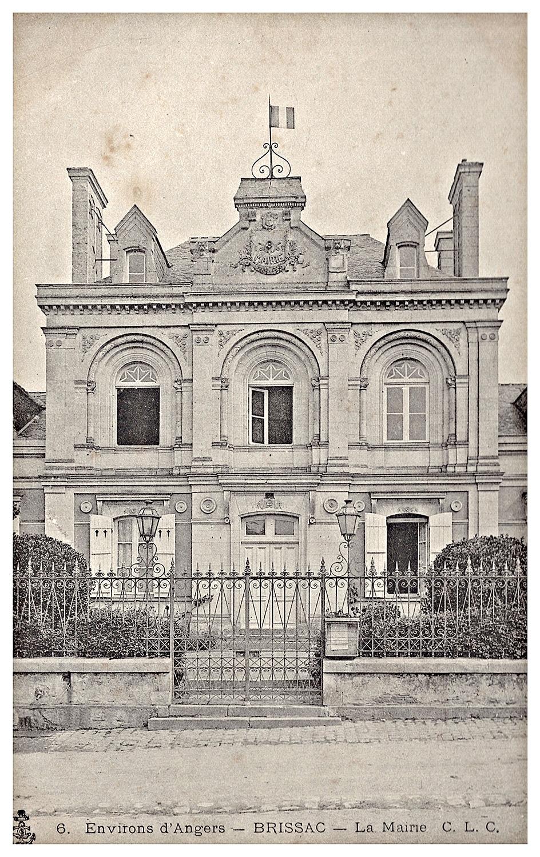 La Mairie de Brissac