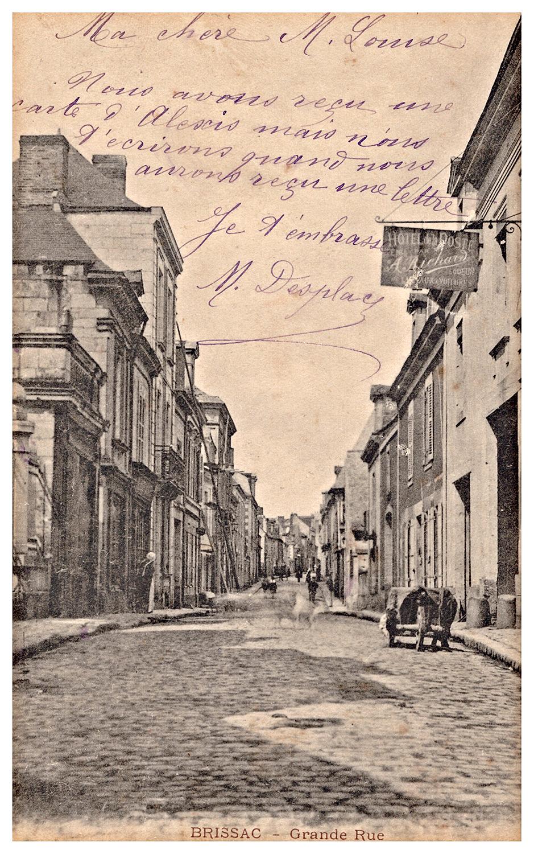 Brissac, Grande rue